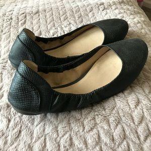 Size 9 black flats